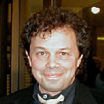 [Picture of Curtis Armstrong]