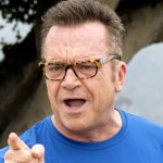 [Picture of Tom Arnold]
