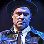 [Picture of Gord Downie]