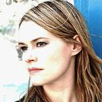 [Picture of Leisha Hailey]