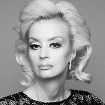 [Picture of Lauren Harries]