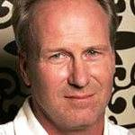 [Picture of William Hurt]