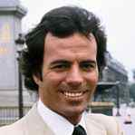 [Picture of Julio Iglesias]