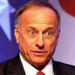[Picture of Steve KING]