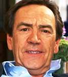 [Picture of Robert Lindsay]