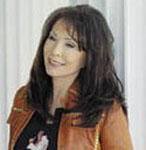 [Picture of Loretta Lynn]