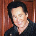 [Picture of Wayne Newton]