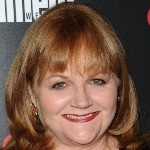 [Picture of Lesley Nicol]