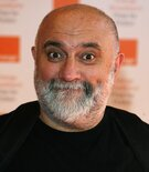[Picture of Alexei Sayle]