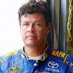[Picture of Michael Waltrip]