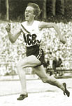 [Picture of Betty CUTHBERT]